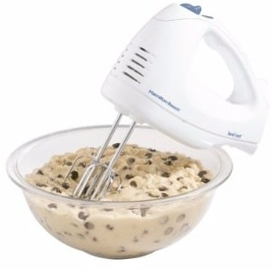 #2 Hamilton Beach 62682RZ Hand Mixer with Snap-On Case