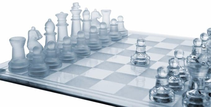 #2 GamieTM Glass Chess Set