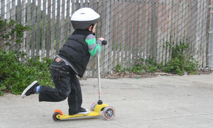 Top 10 Best Micro Scooters for Kids In 2021 Review & Buyer's Guides