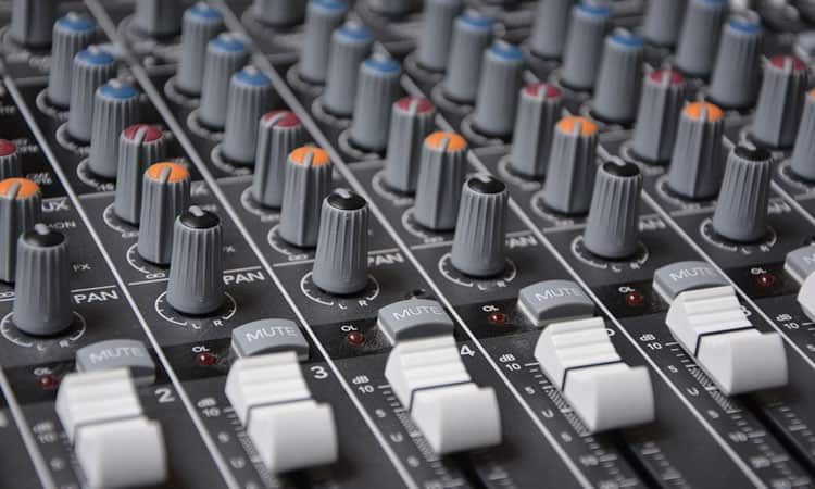 Top 9 Best PA Systems | Reviews & Buyer's Guides