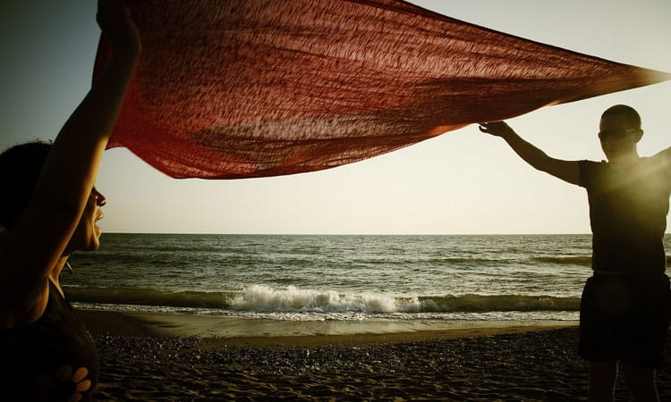 Top 10 Best Beach Towels You Should Own In 2021 Review