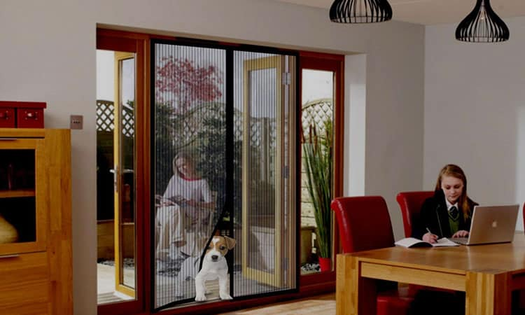 Top 10 Best Magnetic Screen Doors In 2021 — Review & Buying Guides