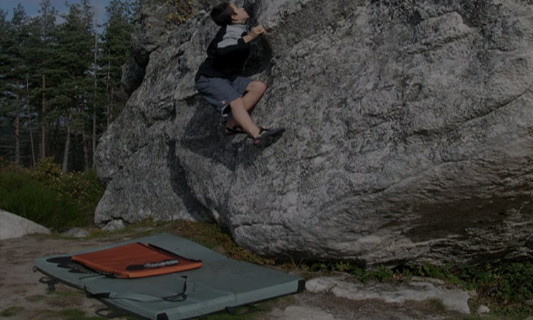 The 10 Best Crash Pads In 2021 That Are Completely Safe