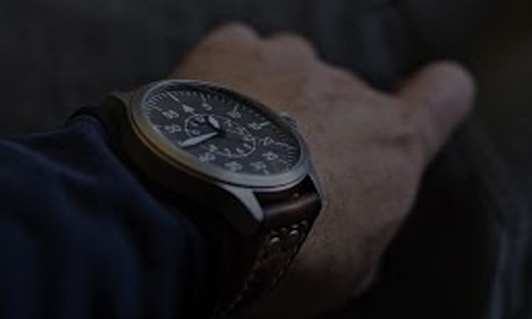 13 Best Pilot Watches — Products Review In 2021