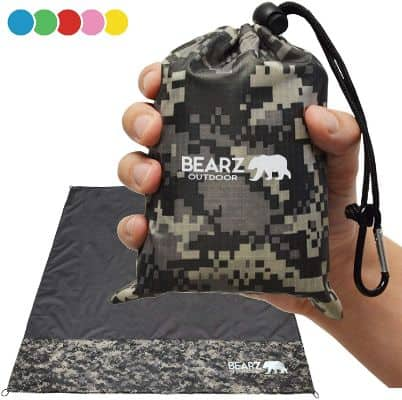 BEARZ Outdoor Beach Blanket, Waterproof Picnic Blanket 55″x60″ - Lightweight Camping Tarp